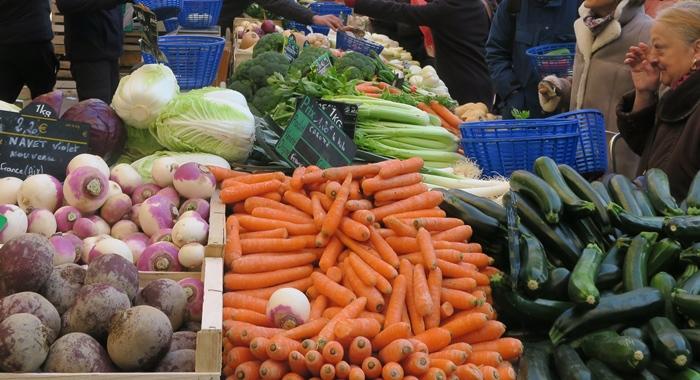 Les produits locaux sans le contact du marché, en temps de confinement la Région Occitanie a fait pratique à grande échelle (photo MN)