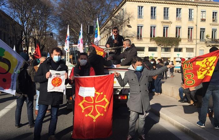 A Nîmes les professeurs d'occitan-langue d'oc manifestaient parmi leurs collègues tout en faisant le possible pour être visibles en tant que tels (photo Matieu Peitavin DR)