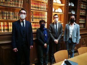 Marie-Jeanne Verny et Olivier Pasquetti (costume bleu), les délégués de la Felco, lors de la rencontre au ministère de l'Enseignement, le 7 octobre dernier (photo Felco DR)