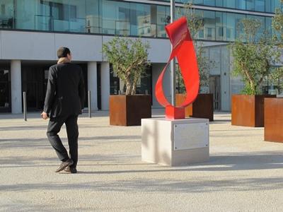 Joliette, le quartier d'affaires Euroméditerranée, où aller depuis le centre n'est jamais un problème (photo MN)