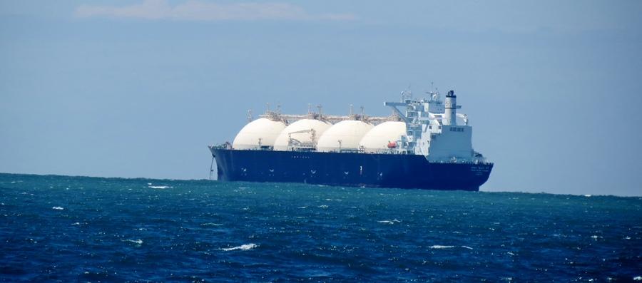 Les nouveaux gisements arabes de gaz et les gaz de schiste américains seront bientôt une alternative au gaz russe pour les Européens, tout en relançant l'activité portuaire de ces derniers  (photo MN)