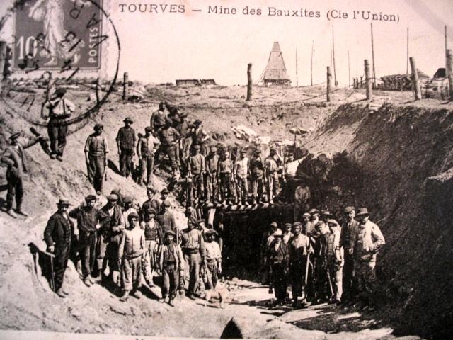 Il y a un siècle les mines de Bauxite (comme ici à Tourves) faisaient de Carcès une petite ville en milieu rural (photo XDR)