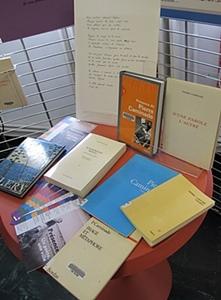 La bibliothèque Caminade propose bien entendu les oeuvres du poète (photo MN)