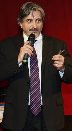 Georges Cristiani doit désormais à la fois mener la fronde anti-métropole, et organiser la concertation avec celle-ci (photo Ouest-Provence DR)