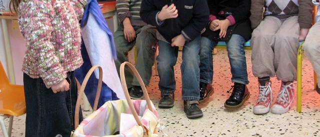 """Les écoles des quartiers les plus populaires se sont transformées en garderies le vendredi. """"Auparavant c'était un moment scolaire, plus détendu"""" regrette une institutrice, qui vit la réforme comme une """"régression"""" (photo MN)"""
