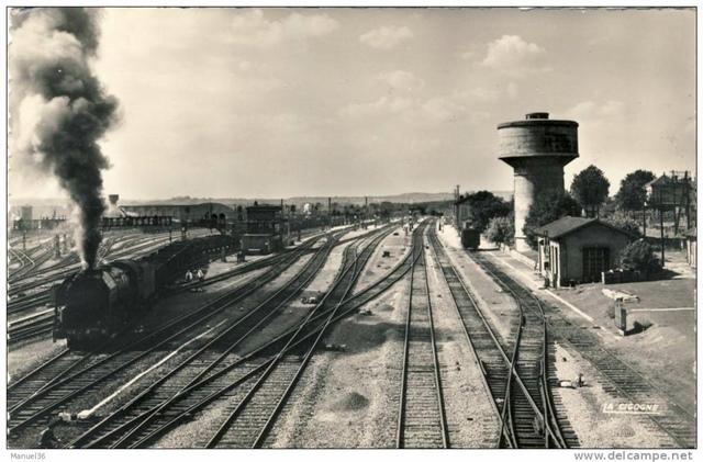 Une enfance bercée par les chuintements des locomotives et encadrée par l'esprit cheminot (gare de Blainville XDR)