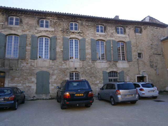Les locaux du Centre de Documentation Provençale vus de l'extérieur