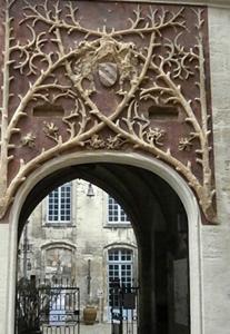 """C'est Frédéric Mistral qui l'a appelé """"Palais"""", l'appellation est restée (photo AC DR)"""