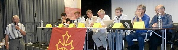 Le débat poliltique avec divers conseillers régionaux (photo Estèla Mazodier DR)
