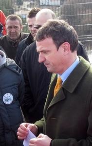 Lo deputat FM Lambert ne'n teniá per una tiera larga, lo vaquí forabandit (photo MN)