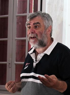 En 2013, JP Belmon présente le projet de site web dédié au collectage de la parole d'Oc (photo MN)