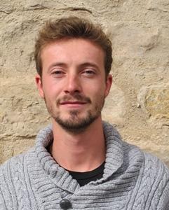 """Le paysagiste Alexandre Malfait : """"Ce rouge dit l'histoire de l'industrie, et aussi l'histoire politique de Gardanne. Le masquer ne serait pas une bonne idée"""" (photo MN)"""