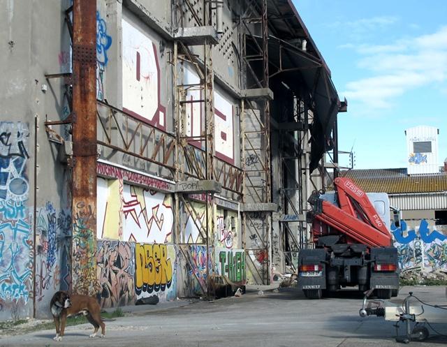 Une ville particulièrement touchée par la crise, mais riche de ses diversités. Ici les anciennes usines Lustucru, fermées voici dix ans (photo MN)