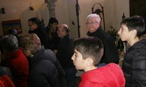 Beaucoup de curieux visitent l'exposition à Avignon. La crèche pose des problèmes de conscience laïque à certains, mais si elle ne revêt pas pour tous une signification culturelle, elle est un acte culturel plutôt fédérateur (photo AC DR)
