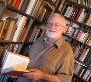 Jean-Yves Royer en 2010 à Forcalquier. Ses sonnets ont inspiré l'équipe de Balat (photo MN)