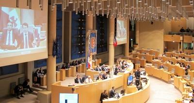le Conseil régional en séance plénière le 8 avril (photo MN)