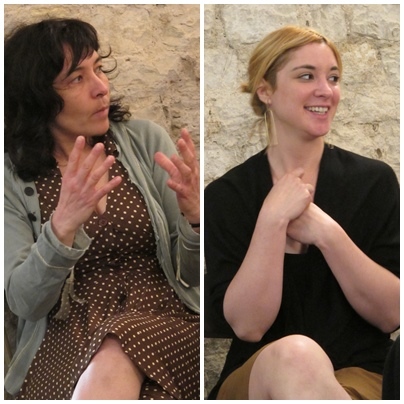 """Roxanne Martin et Fleur Sana : """"parlons de nos projets artistiques. Les femmes ont désormais une vraie place artistique, alors allons-y!"""" (photo MN)"""