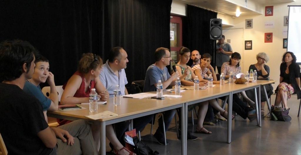 Des idées pour être entendu du public en langue régionale, mais pas par les pouvoirs publics, qui considèrent toujours le théâtre en occitan ou catalan comme un aimable amusement (photo Amy Cros)