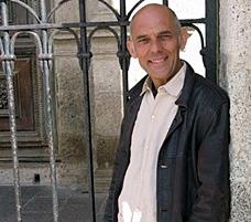 Renat Sette, après la Sardaigne et l'Estivada de Rodez, vient passer l'été sur les scènes provençales, seul ou (bien) accompagné (photo XDR)